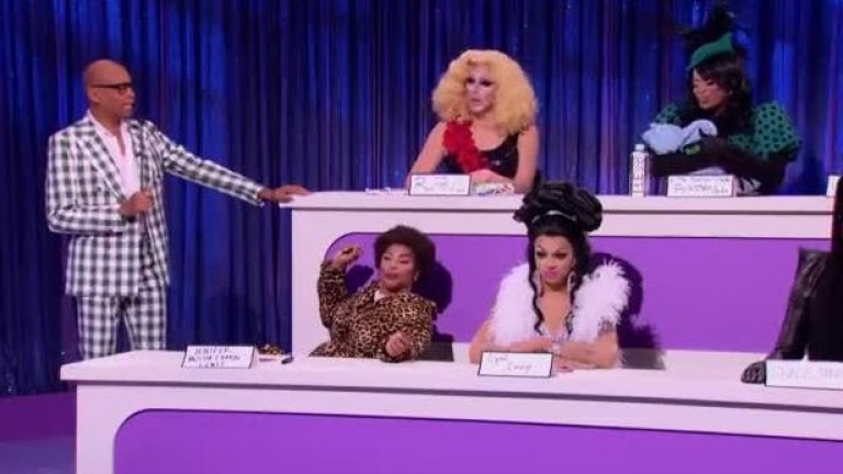 LEGENDADO - RuPaul's Drag Race All Stars S03E04 - Snatch Game