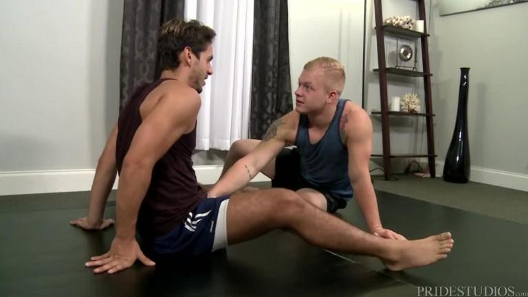 Dylan Drive fucks Leo Luckett in Big Cock Yoga