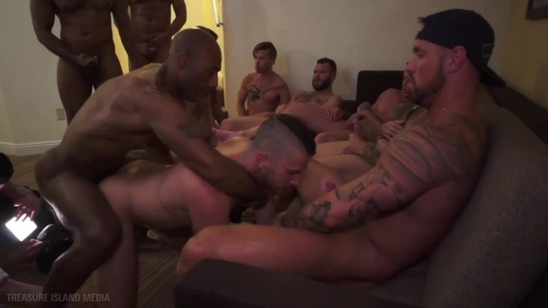 Big Easy Holes - Sc 4 - Owen's Gangbang