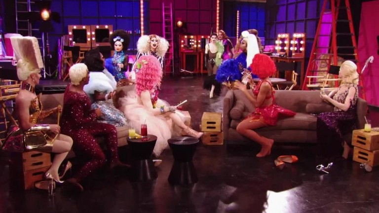 LEGENDADO - UNTUCKED RuPaul's Drag Race S10E02 - PharmaRusical