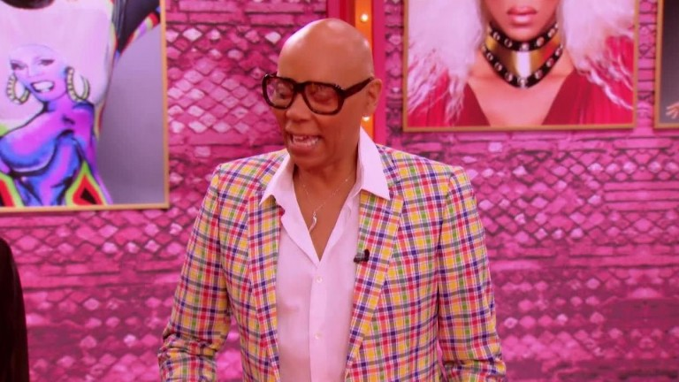 LEGENDADO - RuPaul's Drag Race S10E07 - Snatch Game
