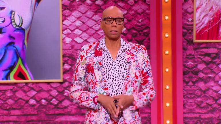 RuPaul's Drag Race S10E10 - Social Media Kings to Queens