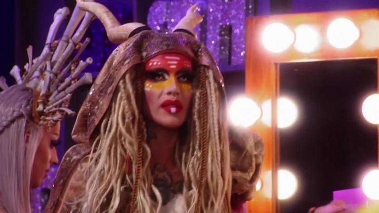 UNTUCKED - RuPaul's Drag Race S10E11 - Evil Twins