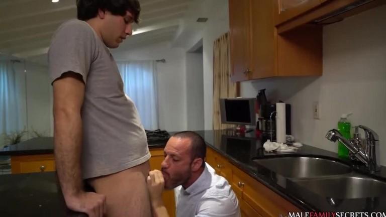 Dad & Son Fool Around - Joey Doves, Kenny Cox