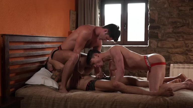Devin Franco, Ruslan Angelo, Leo Rex Ball Zapping Action