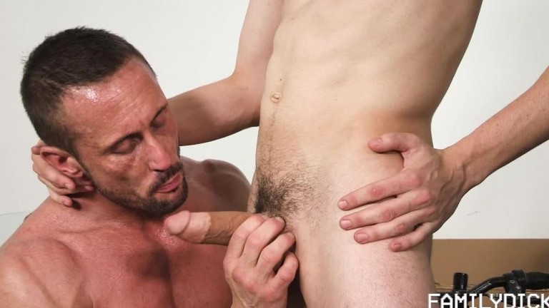 FamilyDick - They Grow Up So Fast, Chapter 1 - Finding The Hole - Myles Landon