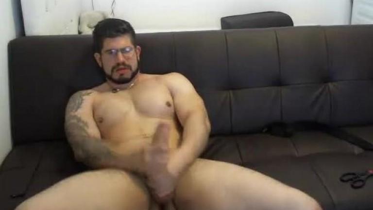 Gostoso e safado show na webcam 3