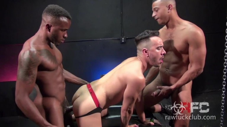 Alessio Vega Gets DP'd - with Phoenix Fellington & Zario Travezz