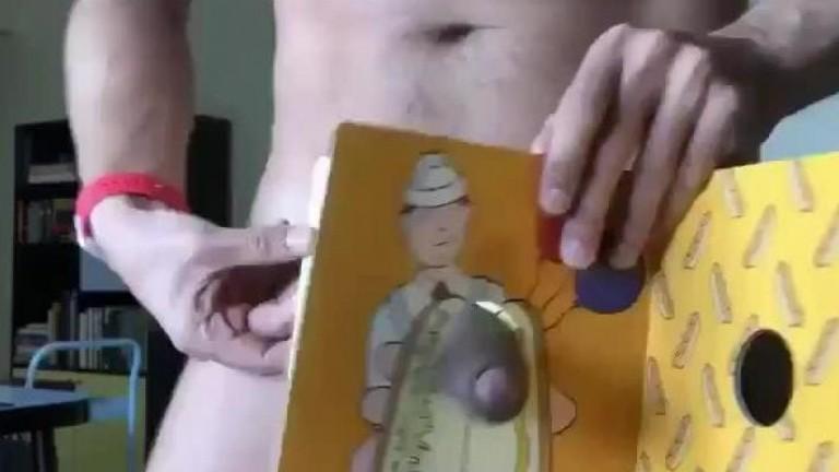 Pau no buraco do livro
