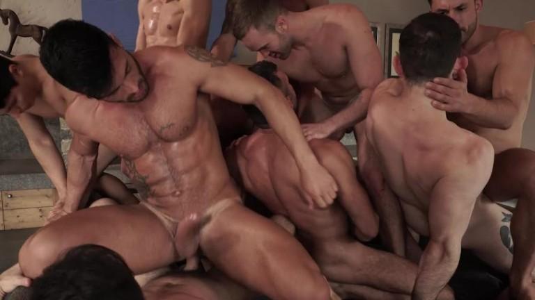11 Man Bareback Guy Pile