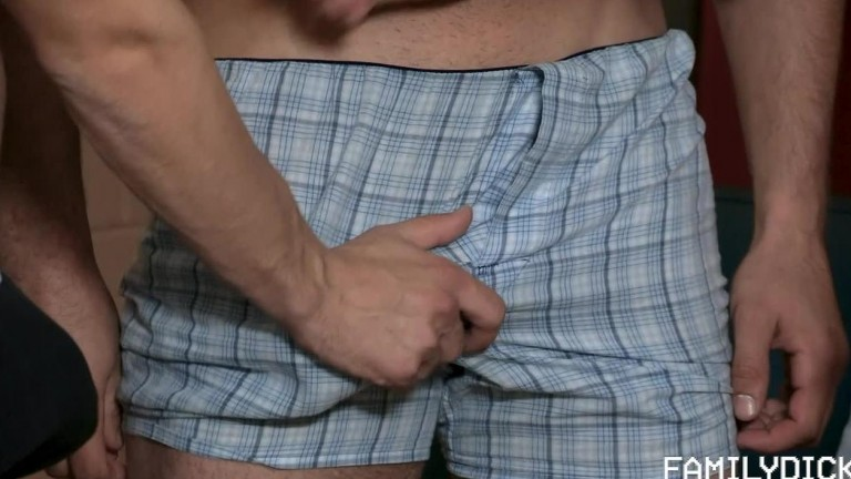 Family Dick - A Special Place in Daddy's Heart Ch 4 - Flex for Your Old Man Part 2 - Lance Hart, Log
