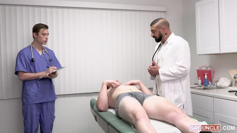 Suruba com o Medico