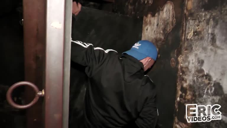 Kneeling at the glory hole - Archie S & Jeremy Lemercier