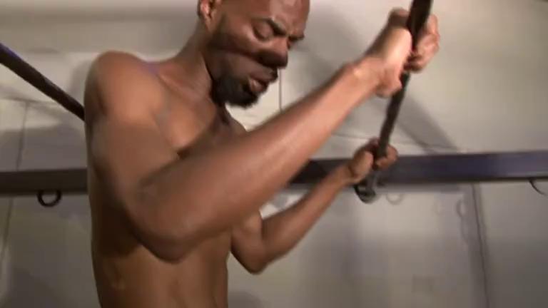 Soca esse pau grande no fundo do meu cu