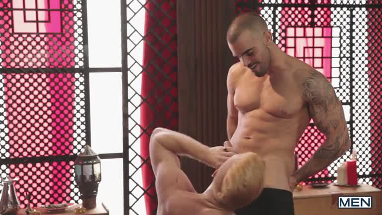 Gay Of Thrones Part 03 - Damien Crosse e Christopher Daniels