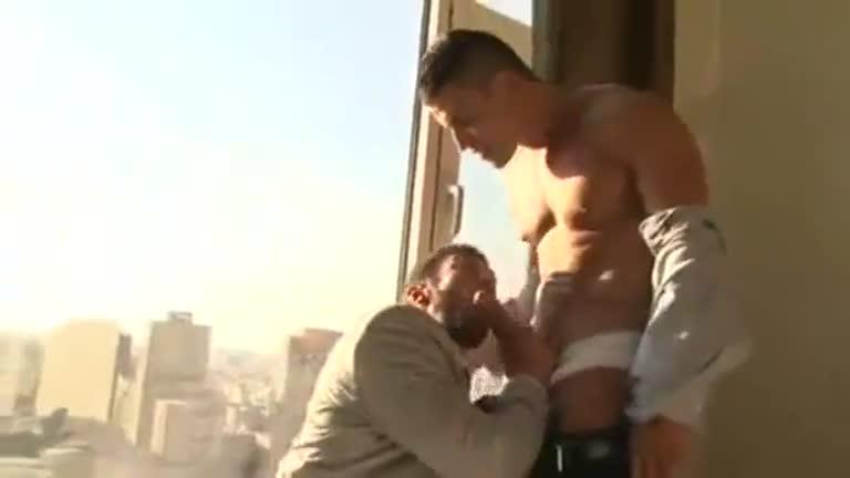 O vizinho (Rafael Carreras & Scott Carter)