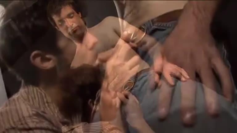 Damong Dogg dando leite fresco para o novinho safado