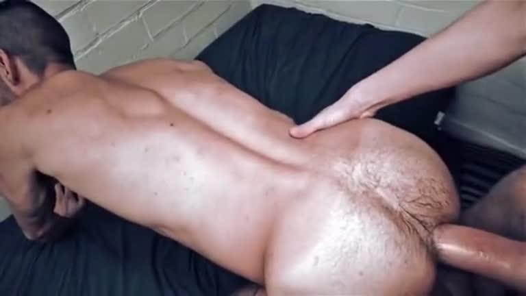 O puto gosta de rola grande