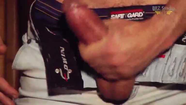 Diego Mineiro ataca novamente exibindo corpão