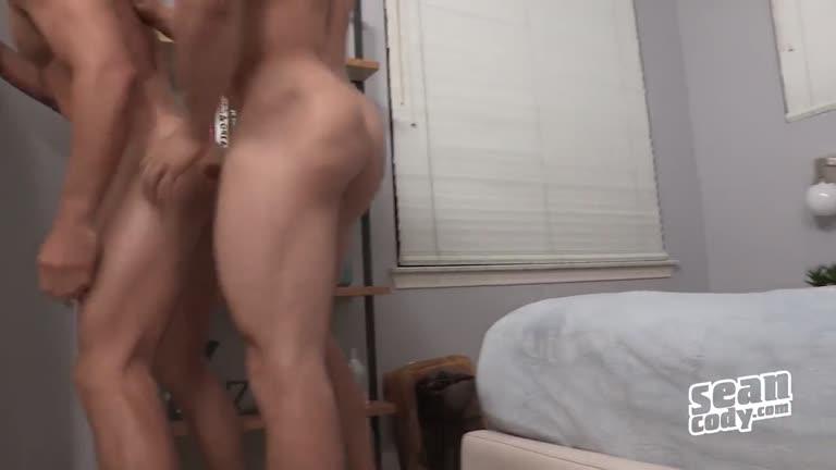 2 Saradões Musculosos No Sexo Bem Gostoso !