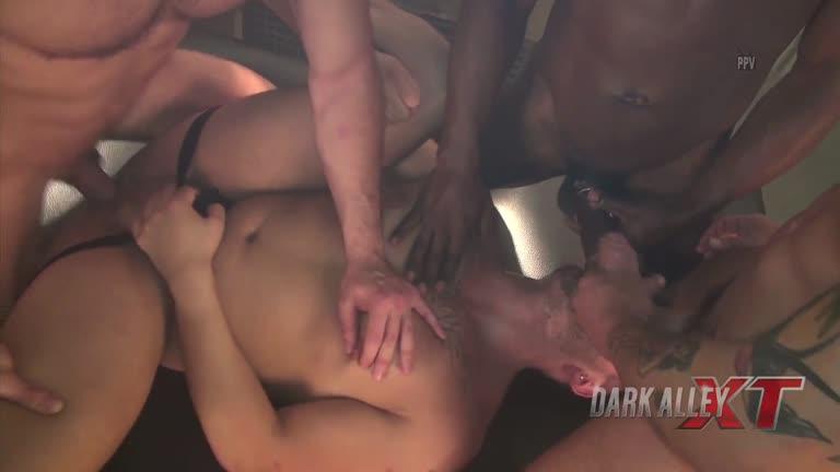 DarkAlleyXT - Fabian, Troy Moreno, Alejandro Torres & Gianni Maggio