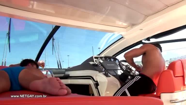 Sexo a bordo - Hugo e Tony Dias