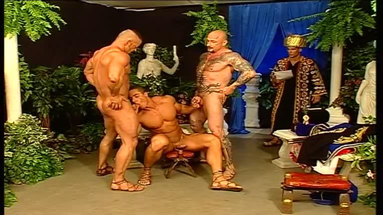 Quatro machos tendo grande Gay Sex Em Open