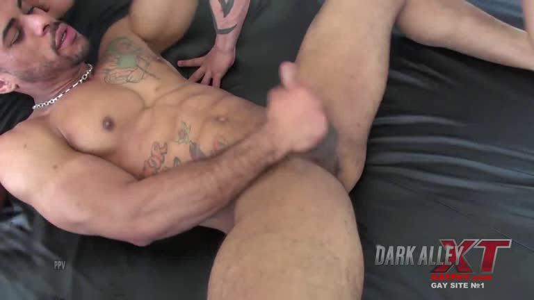 DarkAlleyXT - Douglas Ferraz, Lago Ferraz & Miguel Ferraz.mp4