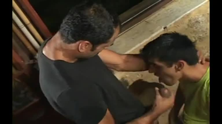 Paulo Guina comendo um cu na mesa de sinuca