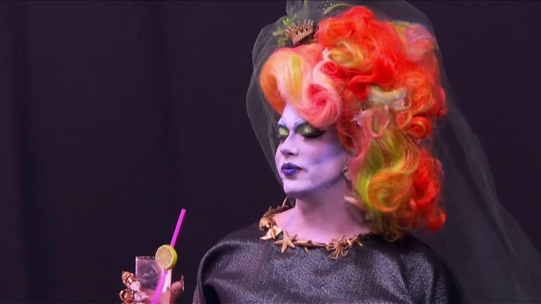 RuPaul Drag Race - UNTUCKED - Draggily Ever After - S09E03 - LEGENDADO