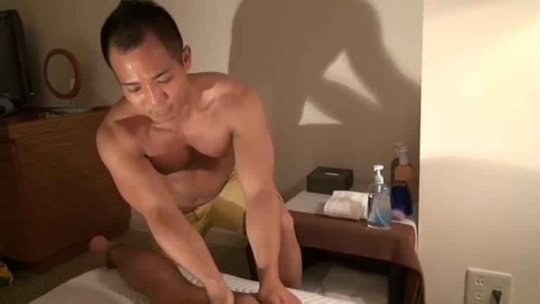 Asiático - Muscle Patrol Love Beach (Parte 2)