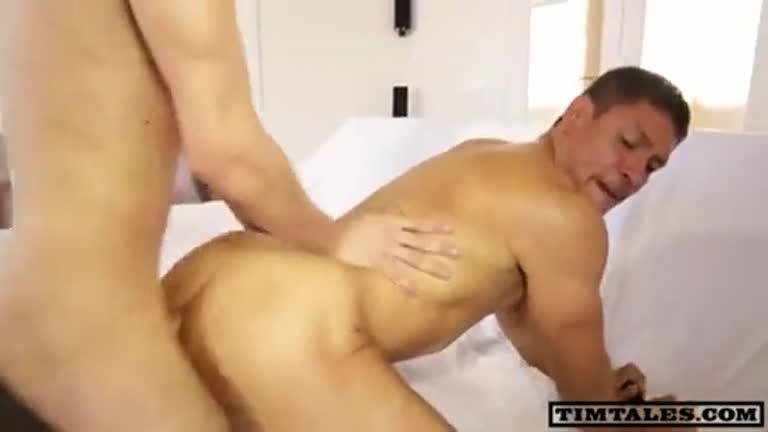 Esteban pêlo