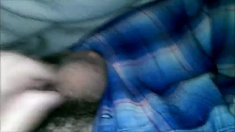 Abusando do primo dormindo - pauzudo e pentelhudo