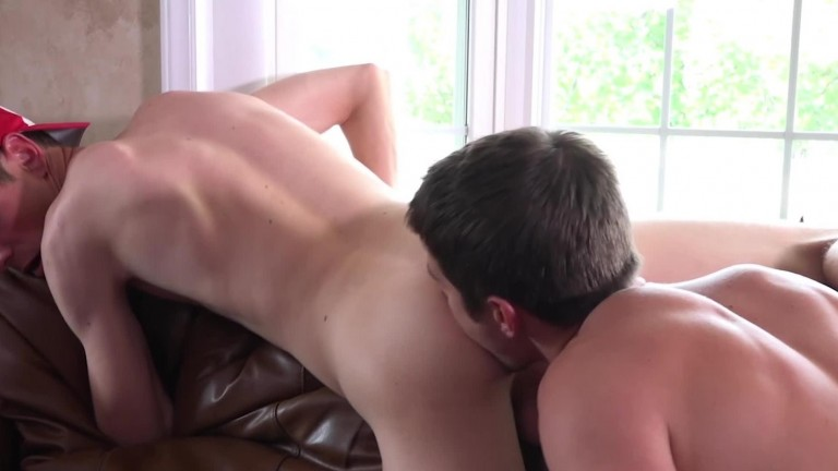 Colby Knox – Two Men And A Fuck