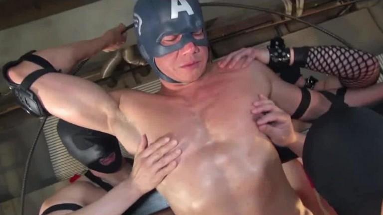 Asiático - Male Muscle Battle (Parte 1)