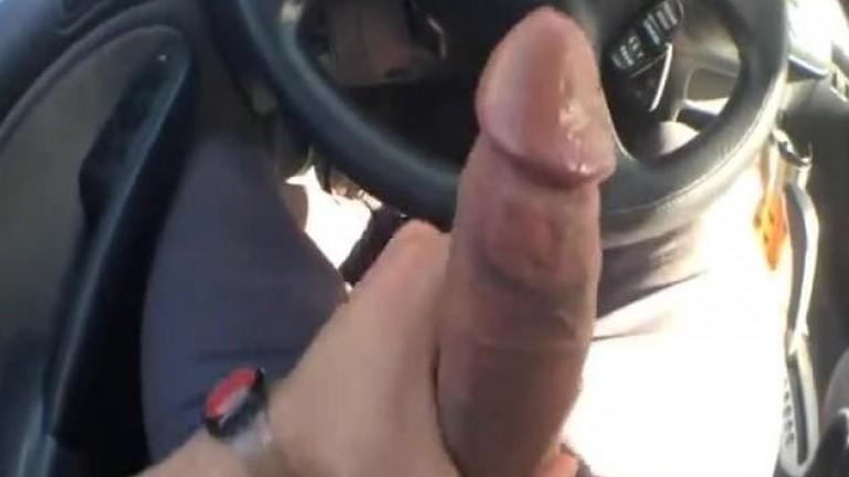 Blackey Madison punhetando no carro