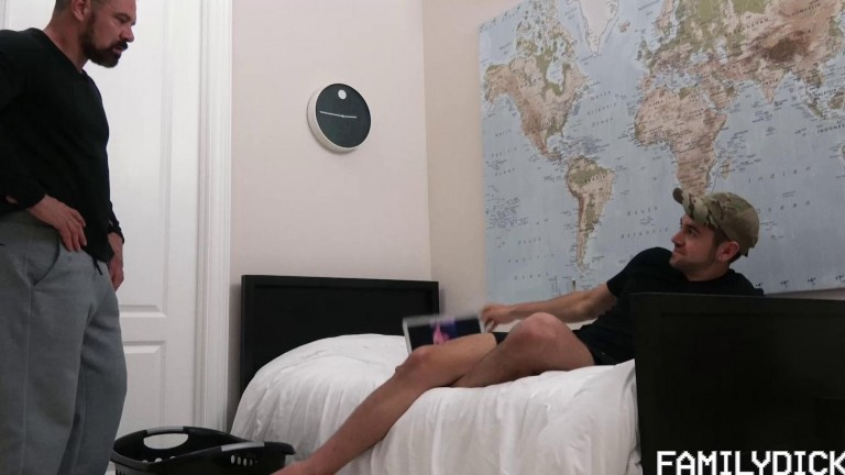 Family Dick My Dad's A Pervert - Chapter 3 Bedroom Fuck